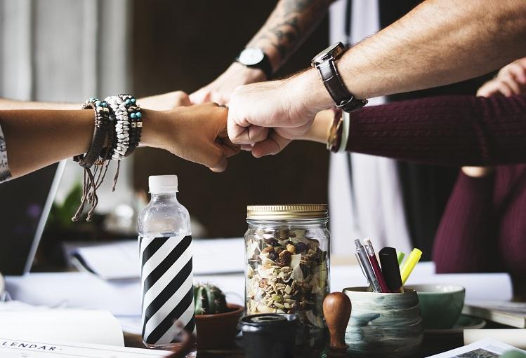 13 бюджетных способов поощрения группового сплочения в коллективе
