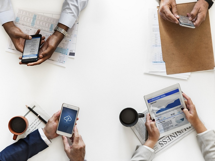 Ваша команда работает над общей целью? Изучите 3 основы для достижения организационной согласованности